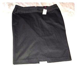 NWT Women's 14 TORRID pencil skirt